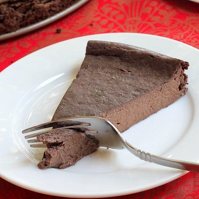 Chocolate Greek Yogurt Cheesecake 4