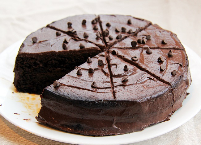 Chocolate cake pieces