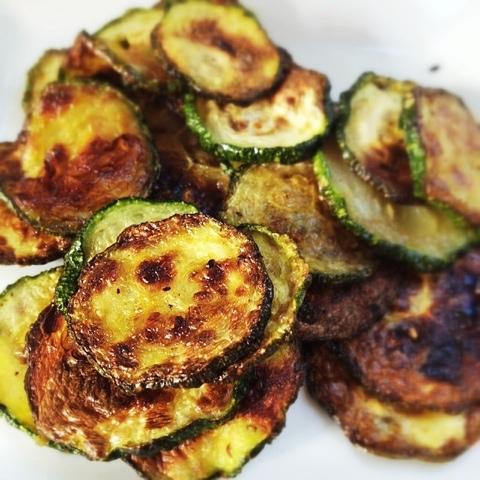 zucchini chips closeup